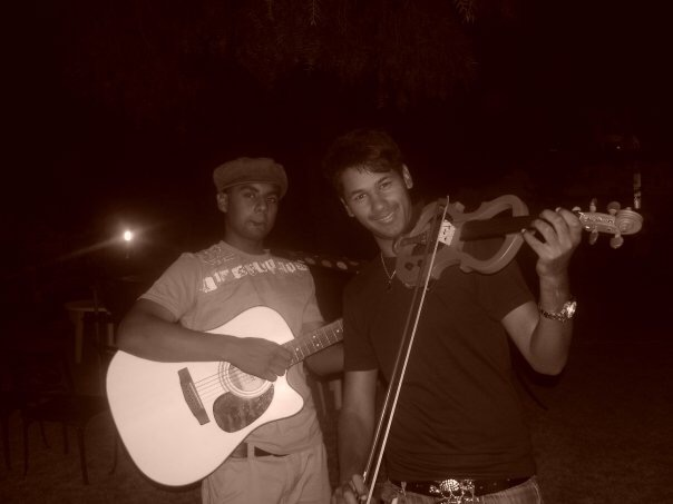 Acoustic Element's Callen Petersen and Jody Abel playing together for the first time on Christmas 2010